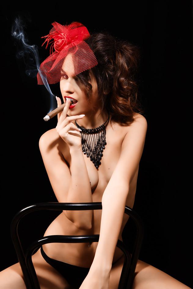 burlesque girl